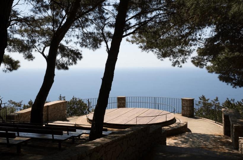 the best hotel in Italy capri off the Amalfi coast