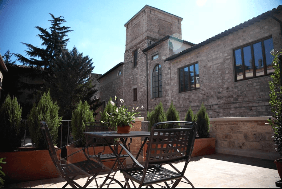 Best Hotels in Italy - Hotel 100 Torri